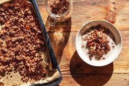 Протеинова закуска: Шоколадова гранола